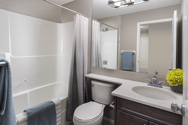 the master bedroom ensuite in the lola duplex show home.